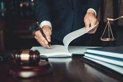 آیا میدانید برای گرفتن وکیل تسخیری چه شرایطی لازم است؟-بخش پنجم