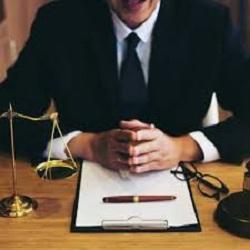 وکیل تسخیری چیست و به چه کسی گفته میشود ٬ وکیل تسخیری در قانون ٬ اختیارات وکیل تسخیری
